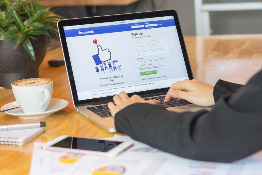 """Facebook elimina i """"Mi Piace"""" dalle pagine: cosa cambia per gli admin?"""